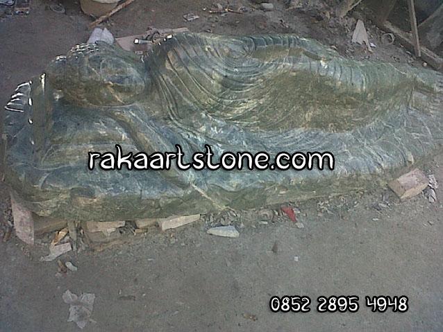 Patung Batu Alam