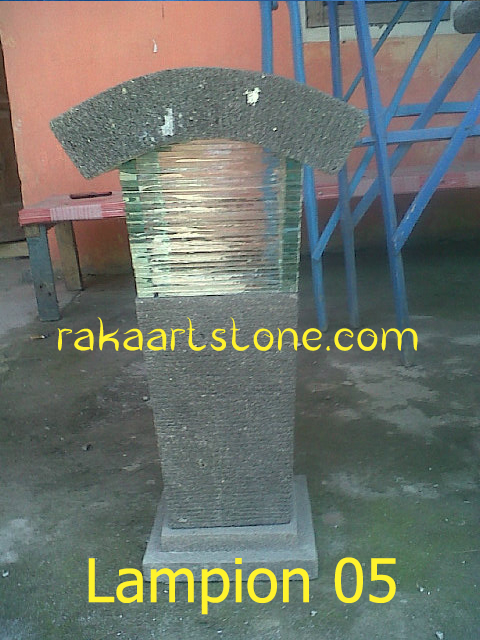 Lampion Batu Alam
