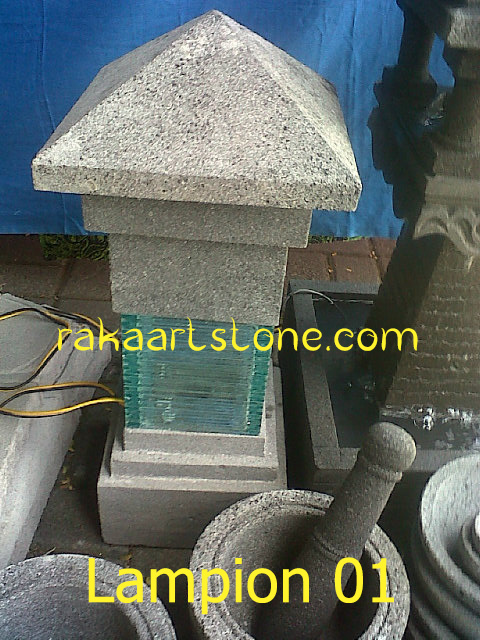 Lampion Batu Alam Kombinasi Kaca Untuk Mempercantik Taman dan Pagar